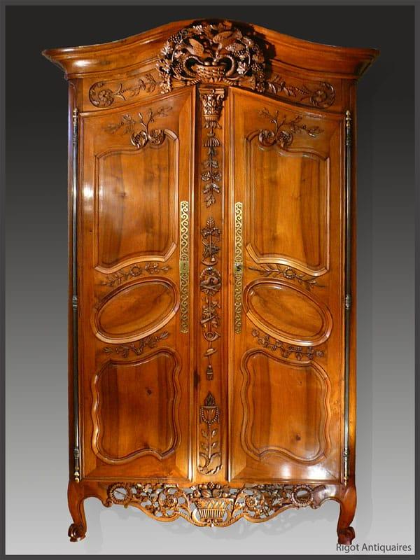 Armoire provençale